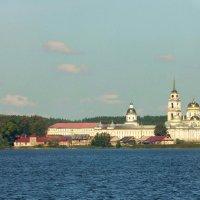 Монастырь Нило-Столобенская пустынь :: Sergey