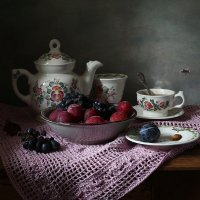 Чаепитие на розовой салфетке :: Татьяна Карачкова