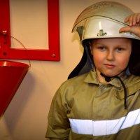 Юный пожарный :: Валентина