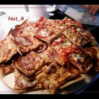 Hand-made Pizza! :: maxim