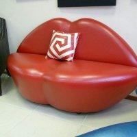 диван-губы :: лариса крутова