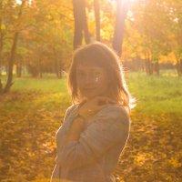 *** :: Anna Tvays