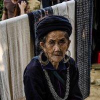 Женщина - черный хмонг :: Наталья Репницына