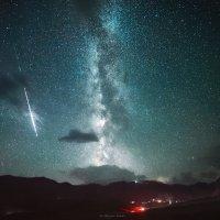 Эльбрус и метеор :: Роман Склейнов