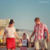 Семейная фотосессия у моря :: Михаил Тихонов