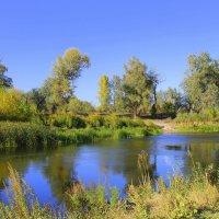 Осень ходит у реки. Сентябрь. :: Валентина ツ ღ✿ღ