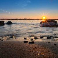 северная  Двина  закат :: Александр Есликов