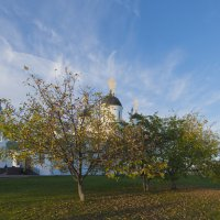 Осень в монастыре :: Николай