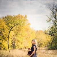 Девушка- -осень :: Юлия Mиро