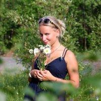 Утопая в зелени... :: Есения Подлипская