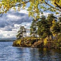 Autumn on the Lake :: Dmitry Ozersky