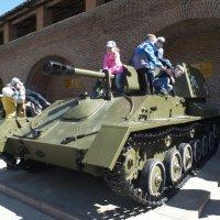 Самоходная артиллерийская установка СУ-76 :: Евгений Гудин