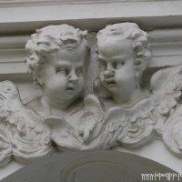 Два ангела после бурной вечеринки :: Дмитрий Лебедихин