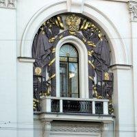 Декор на фасаде московской Мэрии. :: Елена