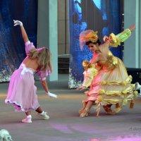 Танец - это глоток чего-то нового. Чего-то, что спрятано глубоко внутри тебя. :: Anna Gornostayeva