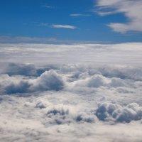 Сверху на облака :: Виктор Филиппов