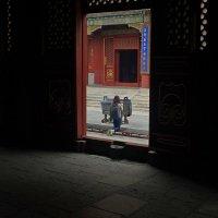 В храме :: Михаил Рогожин