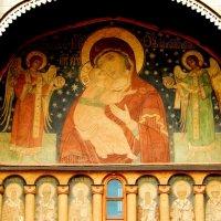 Фреска над входом в Успенский Собор Московского кремля. :: Natali