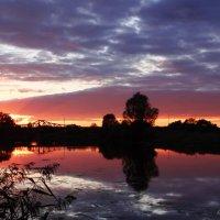 Закат, небеса, отражение.. :: Антонина Гугаева