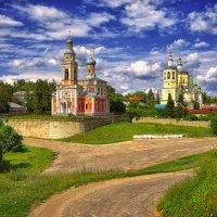 Серпухов.Церковь Успения и храм пророка Илии :: mila