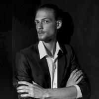 портрет молодого человека :: Dmitry i Mary S