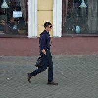 бармен ушел из ресторана... :: Александр С.
