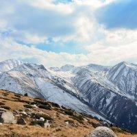 горы. фото с Кумбеля на соседние горы :: Горный турист Иван Иванов