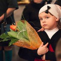 Цветы для бабушки. Таинство Венчания. :: Елена Лазовская