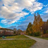 В городе осень :: vladimir Bormotov
