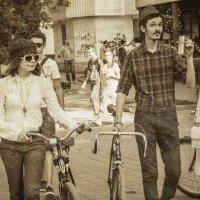 Велопрогулка в стиле ретро :: Сергей Шруба