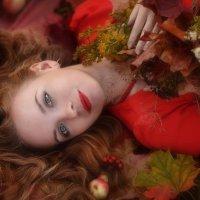 Autumn Fairy :: Ludmila Zinovina