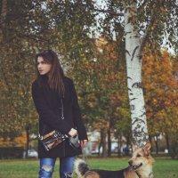Одна прогулка... Симка и Алина :: Ксения Старикова