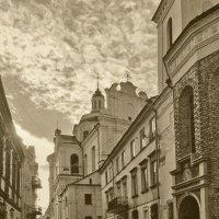 На улочках Вильнюса :: Alexandr Zykov