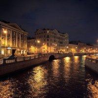Прогулки вечером. Мойка у Певческого моста. :: Валентин Яруллин