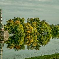 Осень в Екатерининском саду ! :: Евгений Ананевский