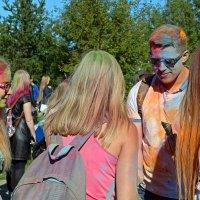 Северодвинск. Фестиваль красок. Голубой, но правильный :: Владимир Шибинский
