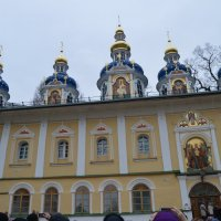 Любуясь  древней  красотой :: Vladimir Semenchukov