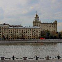 Москва осенняя :: Петр Аксенов
