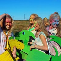 Северодвинск. Фестиваль красок. Крашенные и ряженые :: Владимир Шибинский