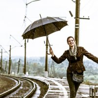 Под шум дождя... :: Олег Сидорин