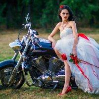 Невеста. :: Ирина Лядова