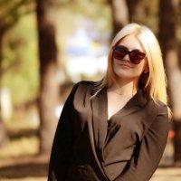 Есть какая-то загадка в тех людях, которые всё время молчат.. :: Анна Сердюкова