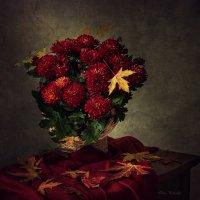 Осенние цветы :: Ирина Приходько