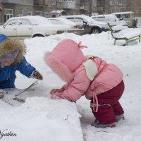 мальчик с девочкой дружил :: Евгений Вяткин