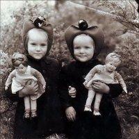 Сестрички-невелички. 1954 год :: Нина Корешкова