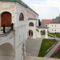 Музейный двор в рязанском кремле :: Александр Буянов