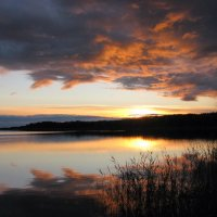 Закат над озером :: Татьяна Ким