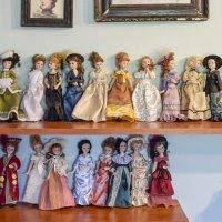 Куклы и куколки :: Андрей Никитин
