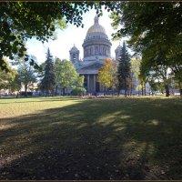 Осенний  Петербург. :: Владимир Иванов