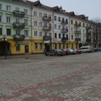 Площадь  Шептицкого  в  Ивано - Франковске :: Андрей  Васильевич Коляскин